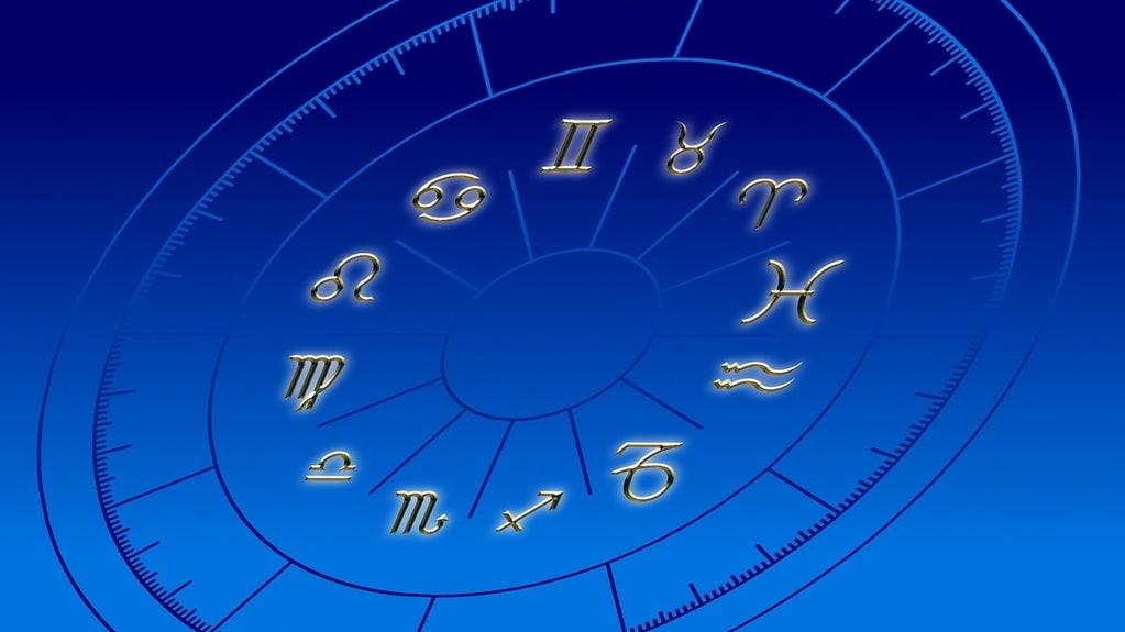 Quand consulter un astrologue ?